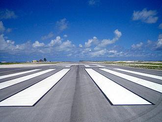 Totegegie Airport - Image: Piste.Totegegie