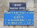 Plaques, quai Maréchal-Joffre, Gien.jpg