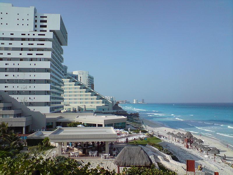 File:Playacancun1.JPG
