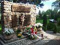 Pomnik w hołdzie pamięci Polakom zamordowanym w nazistowskich niemieckich obozach koncentracyjnych.JPG