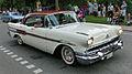 Pontiac Star Cheif 1957 - Falköping cruising 2013 - 1700.jpg
