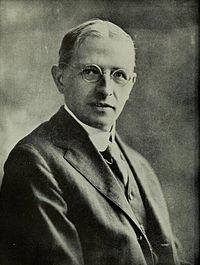 Portrait of Henry Norris Russell.jpg