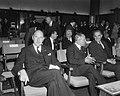 President Bourguiba bracht bezoek aan Philips-fabrieken, v.l.n.r. Minister Luns , Bestanddeelnr 919-3327.jpg
