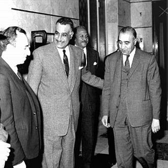 Abdel Latif Boghdadi (politician) - Boghdadi (third from left) with President Gamal Abdel Nasser (second from left) and Ba'ath Party founders Michel Aflaq (first from left) and Salah al-Din al-Bitar (fourth from left) in Syria, 1963