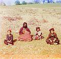 Prokudin-Gorsky. Kurd woman with children. (Artvin).jpg
