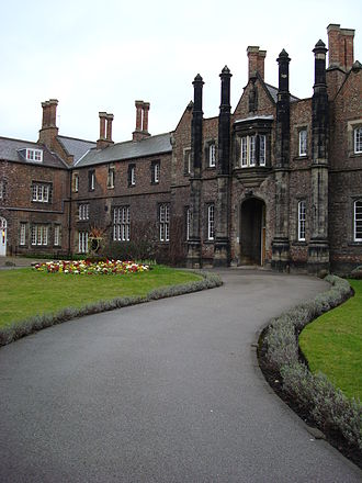 York St John University - Image: Quad West entrance, York St John University (12 March 2007)