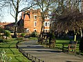 Queen's Park - geograph.org.uk - 1112593.jpg