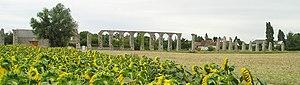 Aqueduct of Luynes - Image: Römisches Aquaedukt bei Luynes, Frankreich