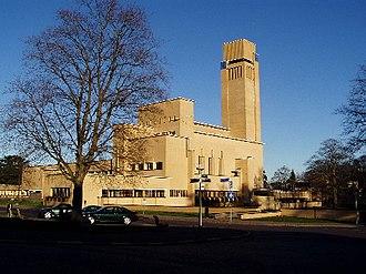 Hilversum wikipedia for Huis hilversum