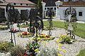 Rabenden St. Jakobus der Ältere Grabkreuze 707.jpg