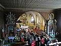 Rachowice, kościół Trójcy Świętej, wnętrze, widok z lewej strony chóru.JPG