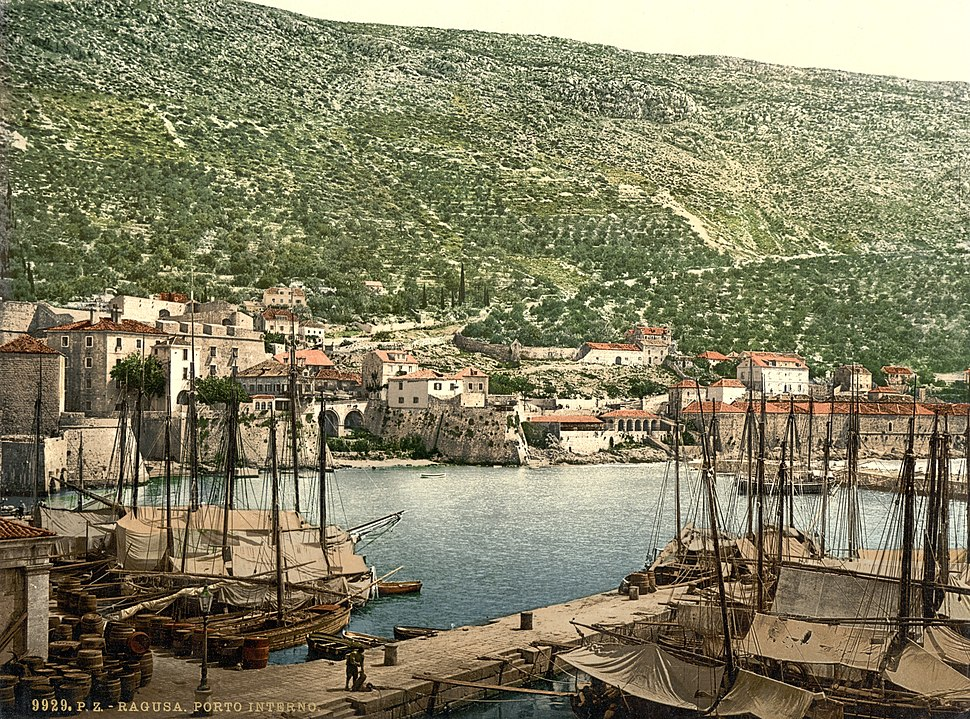 Ragusa, the Inner Gate, Dalmatia, Austro-Hungary-LCCN2002710786