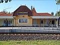 Railway station facade, 2018 Balatonlelle.jpg