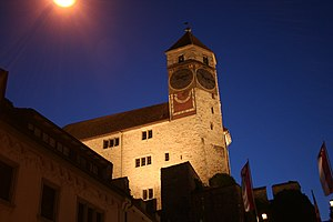 Rapperswil Schloss Nacht.jpeg