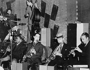 Matty Matlock - Ray Bauduc, Herschel Evans, Bob Haggard, Eddie Miller, Lester Young, Matty Matlock, Howard Theatre, Washington D.C., ca. 1941.
