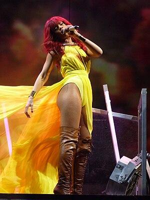Rihanna live at Bankatlantic Center, Sunrise, ...