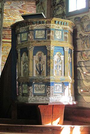 Old Stordal Church - Image: Rosekyrkja pulpit