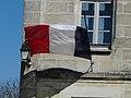 Saint-Antoine-de-Breuilh mairie drapeau.JPG