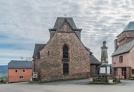Saint Hilary Church of Pruines 02.jpg