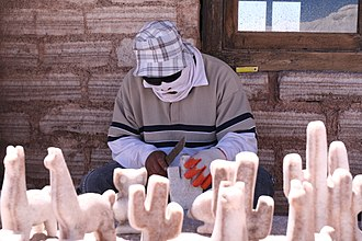 Artisan - Craftsman of salt in Salinas Grandes, Salta province (Argentina)