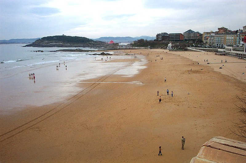 File:Santander.Sardinero(concha).jpg