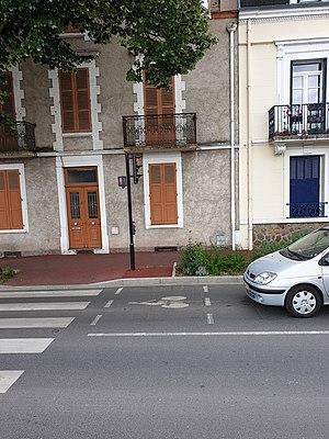 Sas vélo rue Maréchal-Lyautey, Vichy.jpg