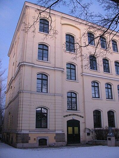 Schulmuseum Dresden.jpg