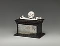 Skull and crossbones MET DP-1725-016.jpg