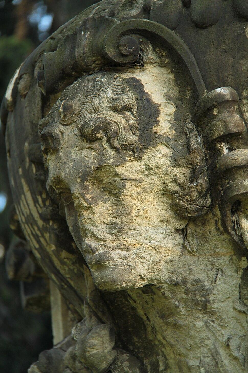 Skulptur aus Sandstein, Dresden 2012-09-06-0555