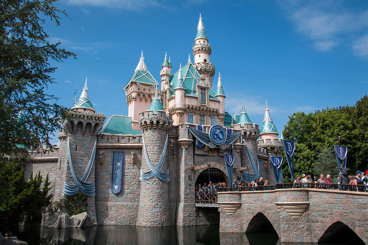 Anaheim california wikipedia - Maison d architecte orange county californie ...