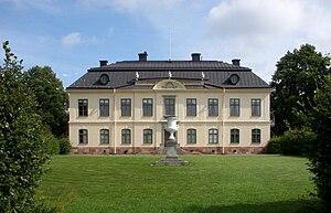 Sturehov Manor - Image: Slott Sturehov 2011a