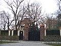 Smíchov, Na Hřebenkách, památný dub v zahradě vily čp. 1259.jpg