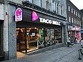 Southampton Castle Way Taco Bell restaurant.jpg