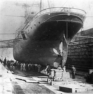 South Brisbane Dry Dock - The ship Ranelagh in the dry dock