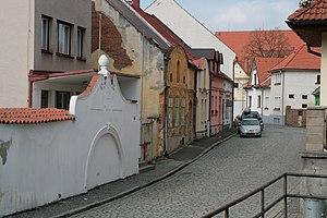 Sušice - Image: Sušice, Dlouhoveská 68, brána mlýna (8109)