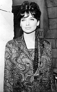 Suzanne Pleshette American theatre, film, television, and voice actress
