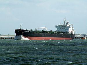 T. C. Gleisner p2 leaving Port of Rotterdam, Holland 06-Aug-2005.jpg