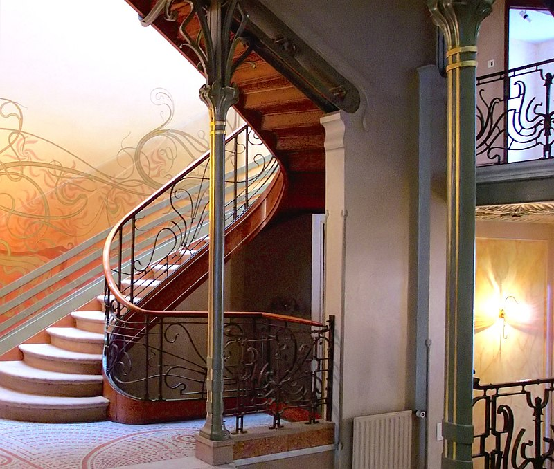 Fichier:Tassel House stairway.JPG
