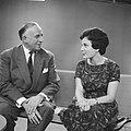 Televisieopname van Anneke Beekman en Louis Frequin, Bestanddeelnr 913-2476.jpg