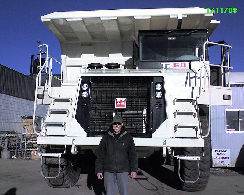 macchinari industriali volvo 800px-Terex_TR60._Big_mother_truck%21%21_%282807851220%29