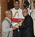 The President, Shri Pranab Mukherjee presenting the Padma Bhushan Award to Shri Jahnu Barua, at a Civil Investiture Ceremony, at Rashtrapati Bhavan, in New Delhi on April 08, 2015.jpg