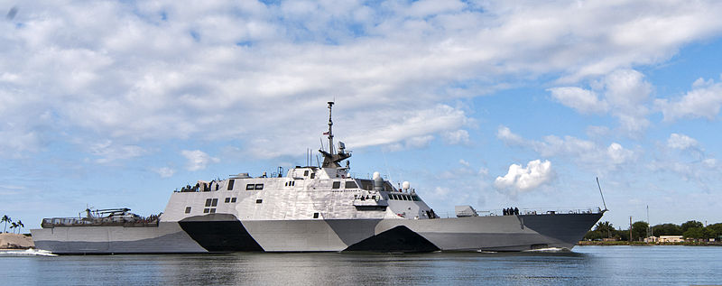 File:The littoral combat ship USS Freedom (LCS 1) arrives at Joint Base Pearl Harbor-Hickam, Hawaii for a scheduled port visit during a deployment to the Asia Pacific region, March 11, 2013 130311-N-WX059-086.jpg