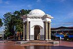 Томас Парр Памятник, Bengkulu, 2015-04-19 01.jpg