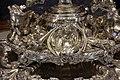 Thomas e françois-thomas germain, centrotavola del duca di aveiro, argento, parigi 1729-57, 04 tromba.jpg