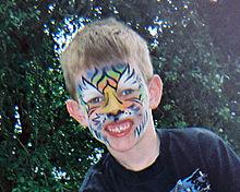 Face painting: stile della tigre.