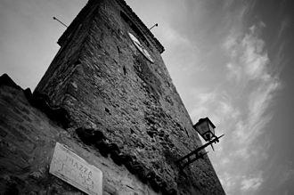 Castelvetro di Modena - Image: Torre dell'Orologio di Castelvetro di Modena (by Marco Carboni)