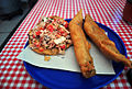 Tostada y filete de pescado..jpg