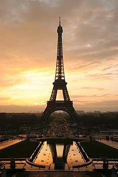 The Eiffel Tower at dawn. Photo taken from the Trocadéro.