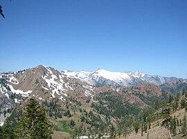 Trinity Alps - Wikipedia