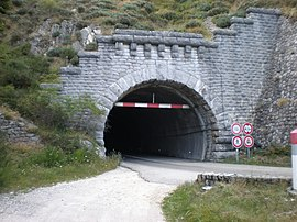 The entrance to the Tunnel du Roux